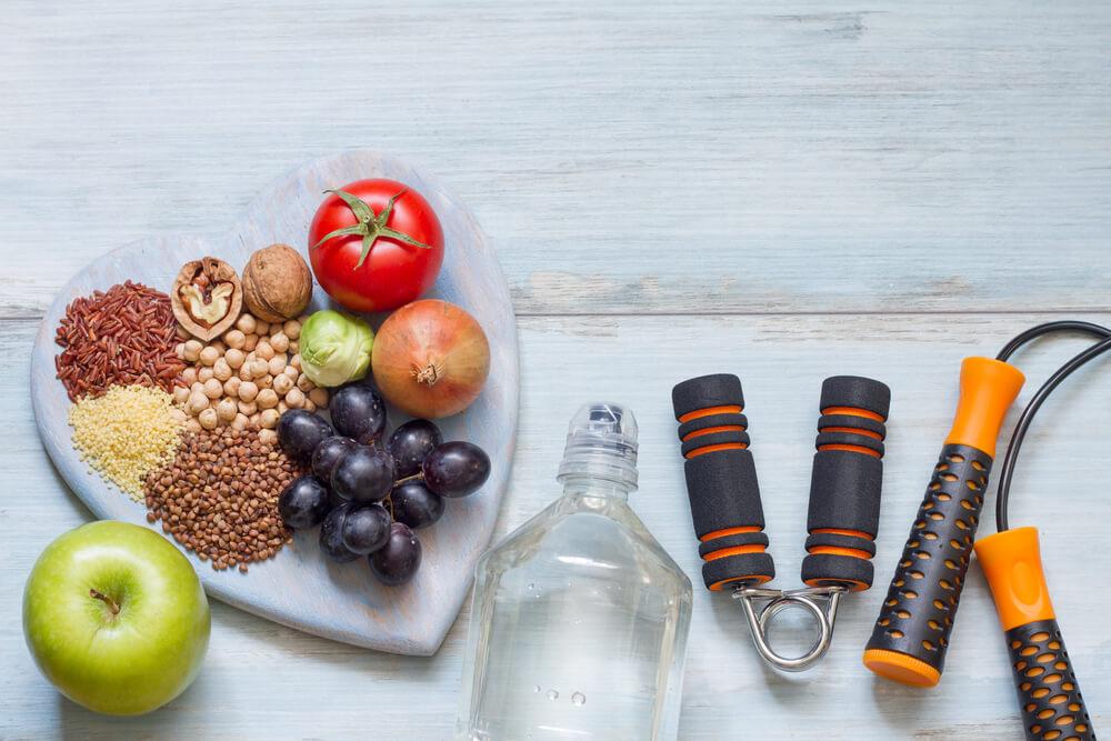Se a pandemia trouxe alguma mudança positiva na rotina das pessoas, certamente foi com relação aos hábitos saudáveis. Veja neste artigo como começar você também a treinar e melhorar sua saúde!
