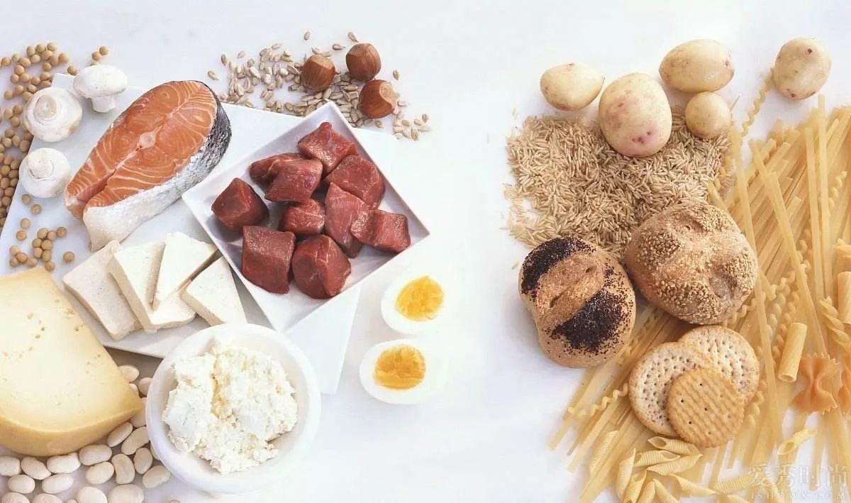 Você sabe que cada nutriente cumpre um papel em nosso organismo. Quando o assunto é boas fontes de energia, nos deparamos com uma dúvida comum: carboidratos ou lipídios, qual a melhor opção para dar energia ao nosso corpo?