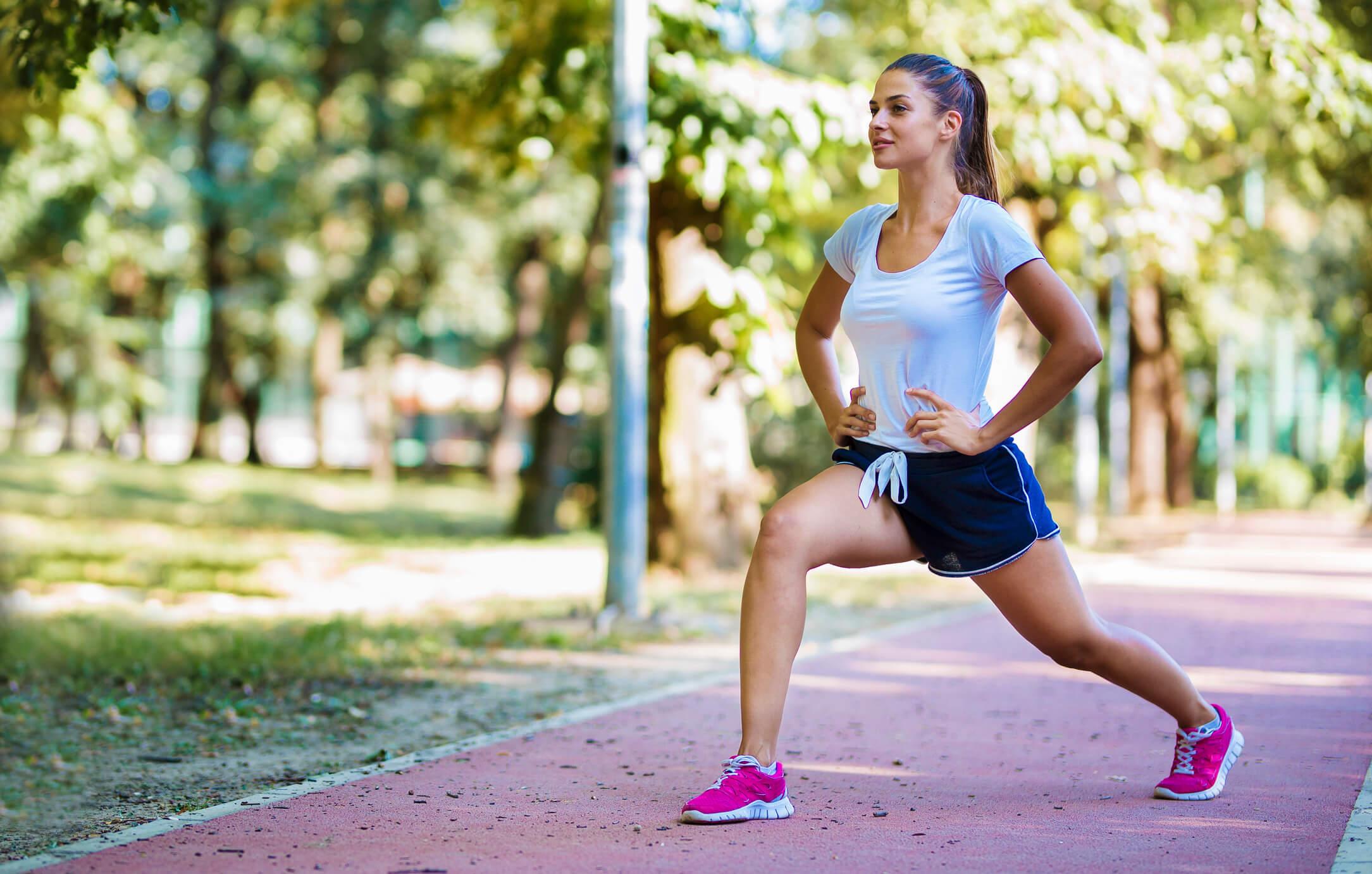 Existe um mito que diz que as pessoas altamente saudáveis possuem hábitos rigorosos e fazem muitos sacrifícios, mas hoje vamos mostrar que não é bem assim! Veja 7 hábitos fáceis de incorporar à sua rotina que vão deixar sua vida mais saudável!